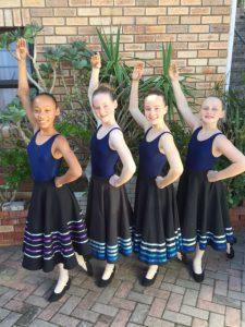 Grade 5 Kaylee, Natasha, Rachael and Casey