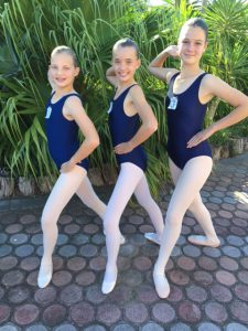 Grade 4 Mikayl-Leigh, Gabriella and Bianca